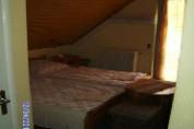 Erkélyes háromágyas szoba
