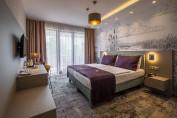 Premium erkélyes, nem panorámás, kétágyas szoba