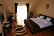 GOLD franciaágyas szoba