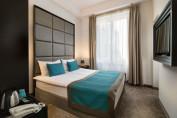 Gazdaságos szoba kétszemélyes ággyal