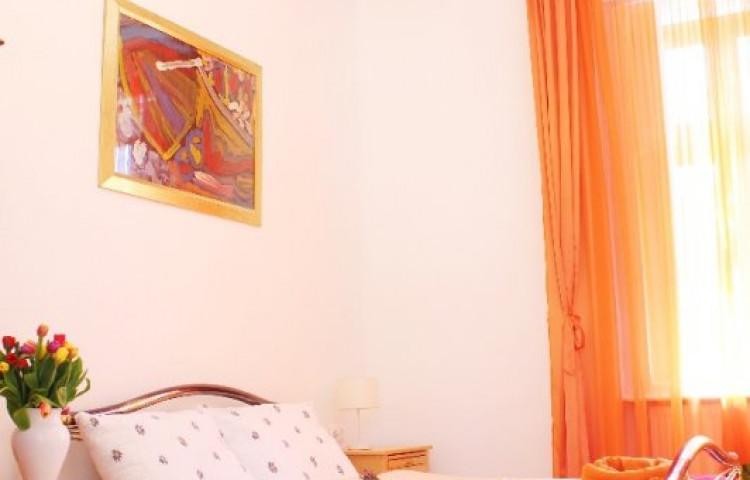 Várszálló Apartman Gyula