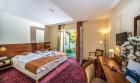 Patak Park Hotel