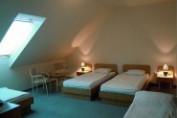 Tetőtéri family szoba