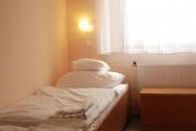 1 ágyas Fürdős szoba