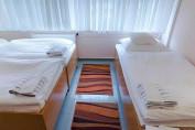 3 ágyas Fürdős szoba