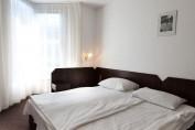 Fürdőszobás Standard franciaágyas szoba (pótágyazható)