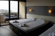 Háromágyas szoba (főszezonban min. 3 éjtől foglalható)