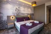 Premium rész-panorámás erkélyes kétágyas szoba